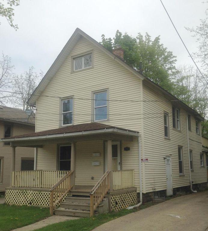 1122 Seymour Ave #1, Lansing, MI 48906