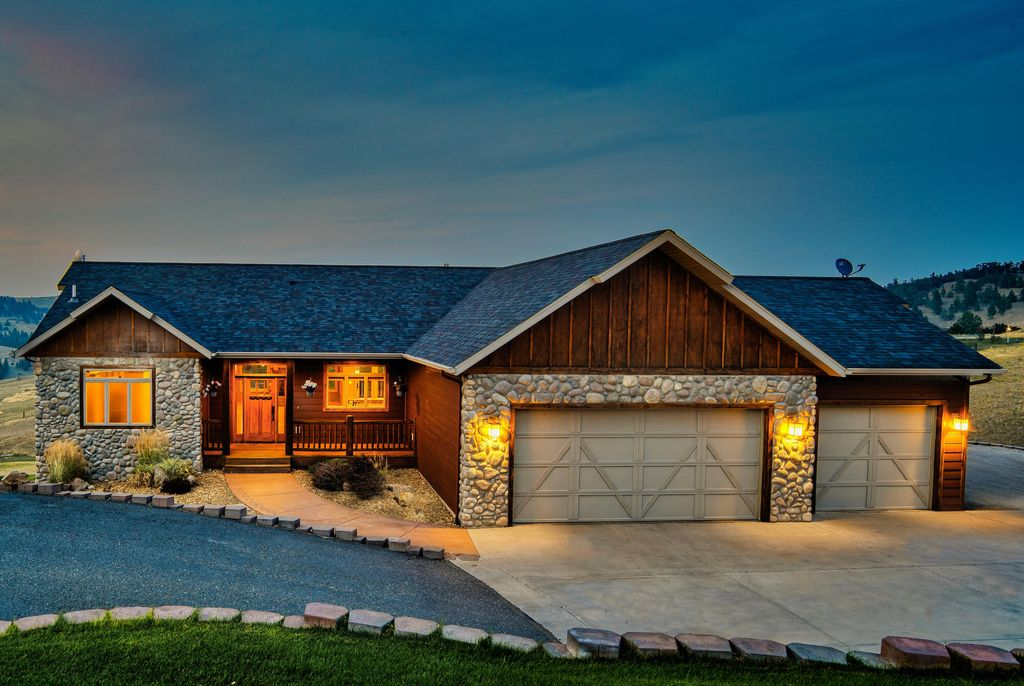 4 Sunset View Dr, Clancy, MT 59634