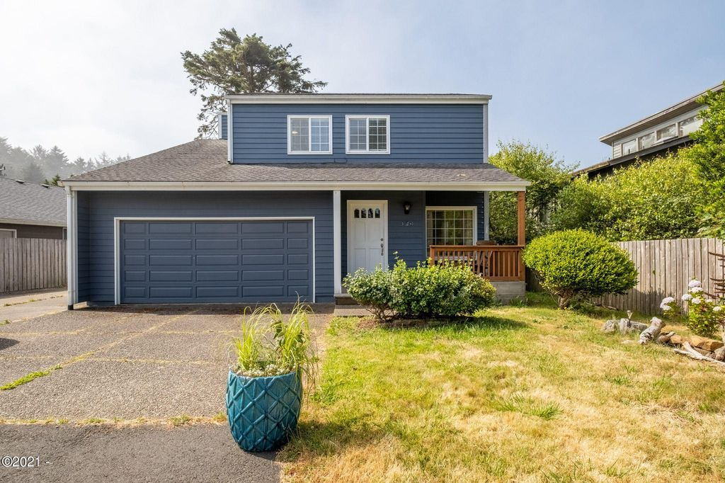 420 SW South Point St, Depoe Bay, OR 97341