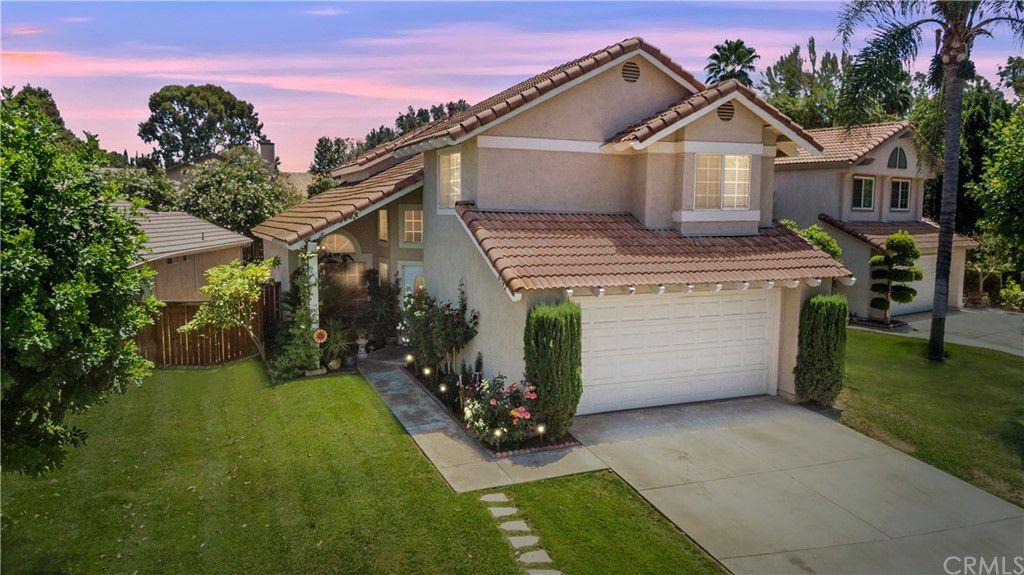 6742 Dove Ln, Riverside, CA 92506
