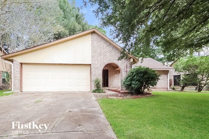17422 Crestline Rd, Humble, TX 77396