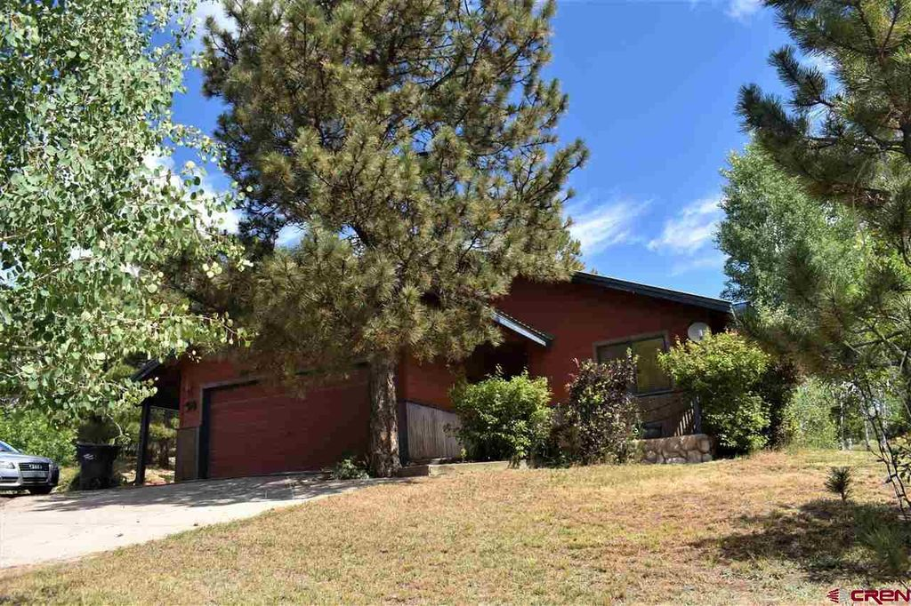201 Sweetwater Dr, Pagosa Springs, CO 81147
