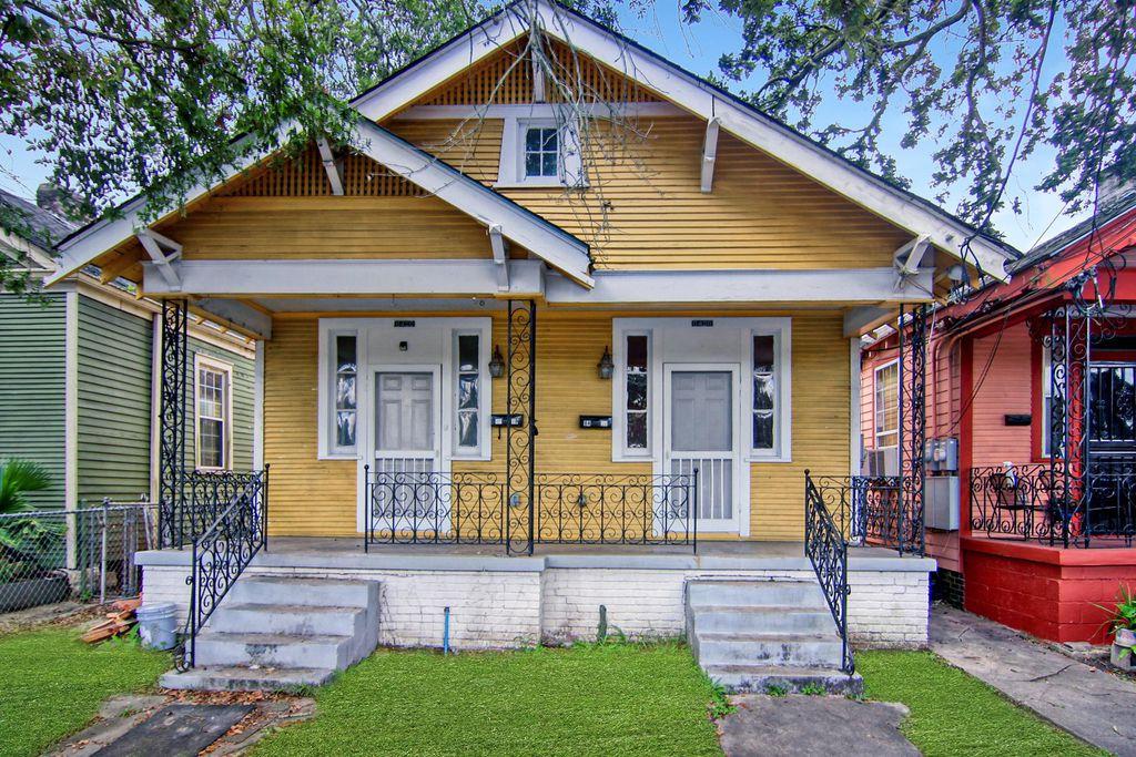 8428 S Claiborne Ave, New Orleans, LA 70118