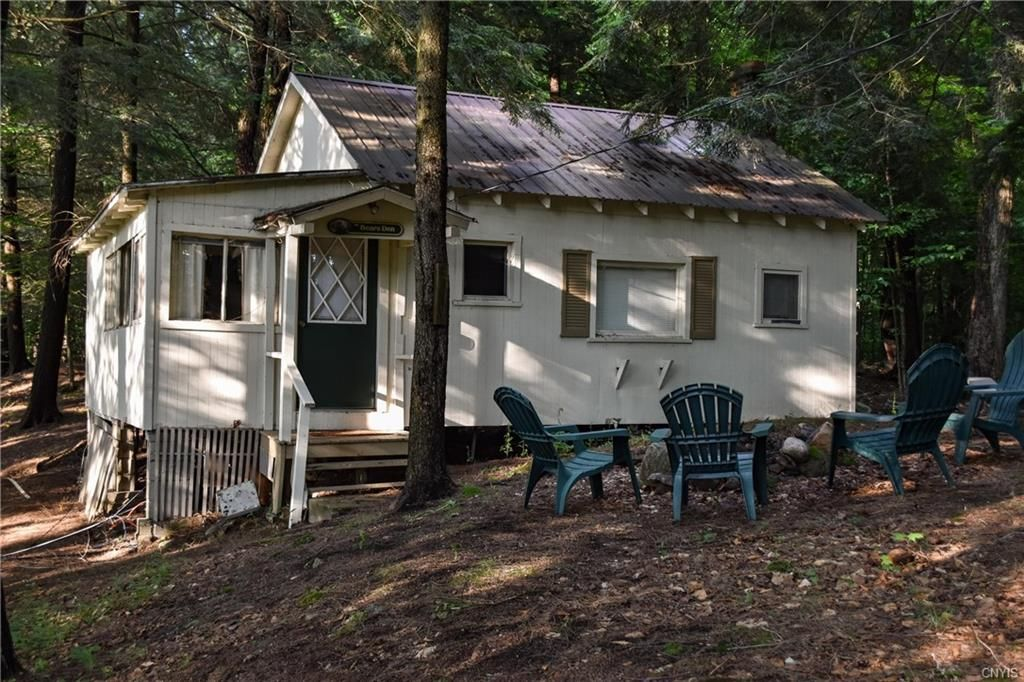 246 Petrie Rd, Old Forge, NY 13420