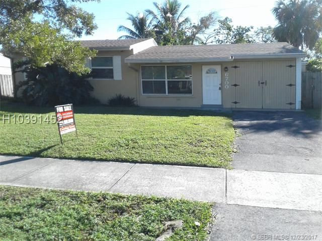 6700 SW 17th St, North Lauderdale, FL 33068
