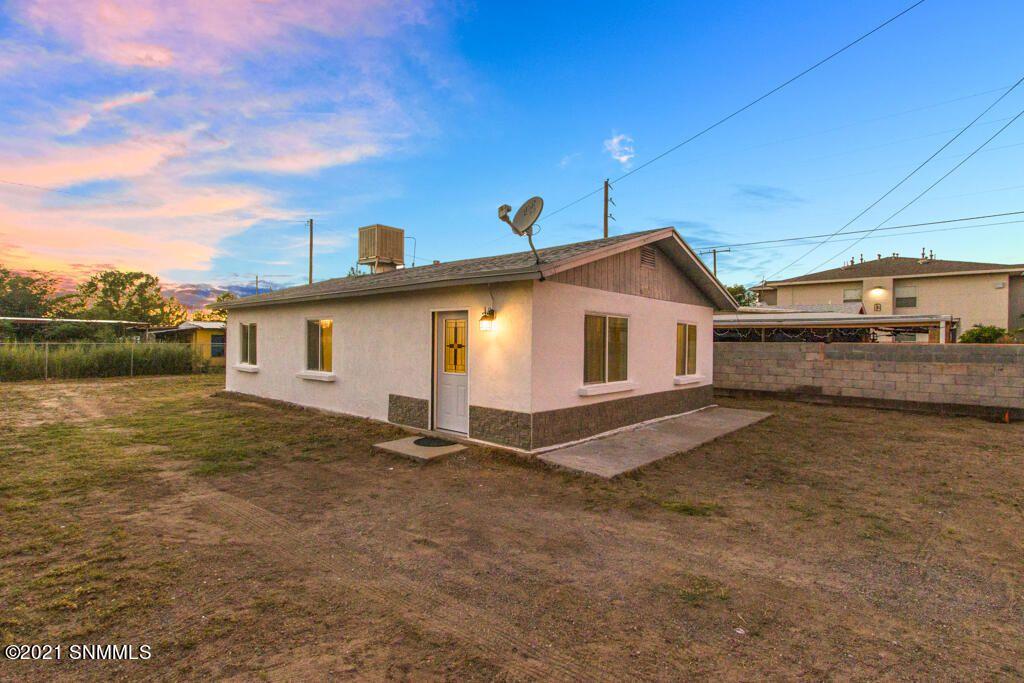 721 N 2nd St, Anthony, NM 88021