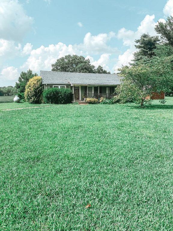 3830 Highway 76, Cottontown, TN 37048