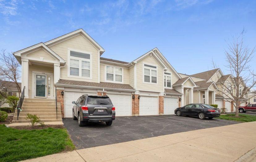 1154 Hawthorne Ln, Elk Grove Village, IL 60007