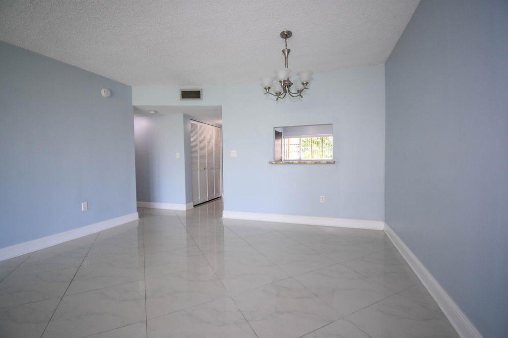 8301 Sands Point Blvd, Fort Lauderdale, FL 33321