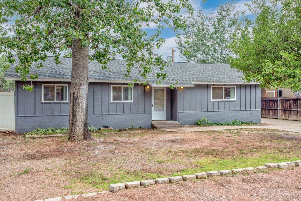 211 W Corral Dr, Payson, AZ 85541