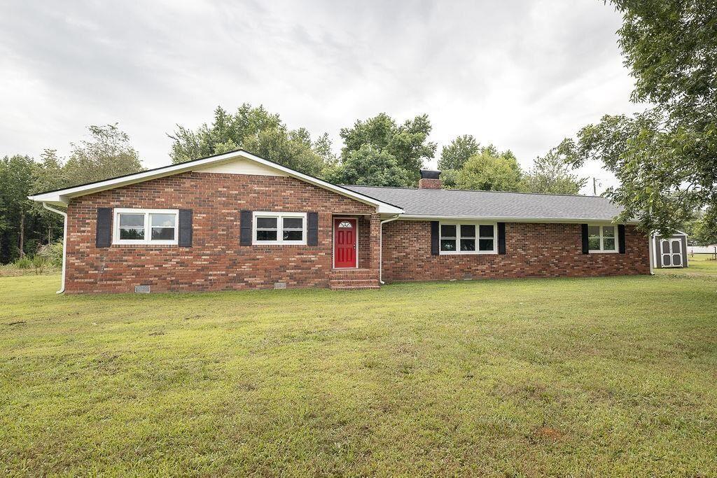 257 Bonds Lake Rd, Danielsville, GA 30633