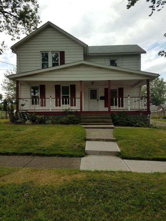 220 Courtland St, Fairport Harbor, OH 44077