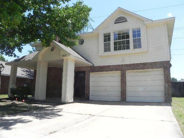2841 Garden Grove Rd, Grand Prairie, TX 75052
