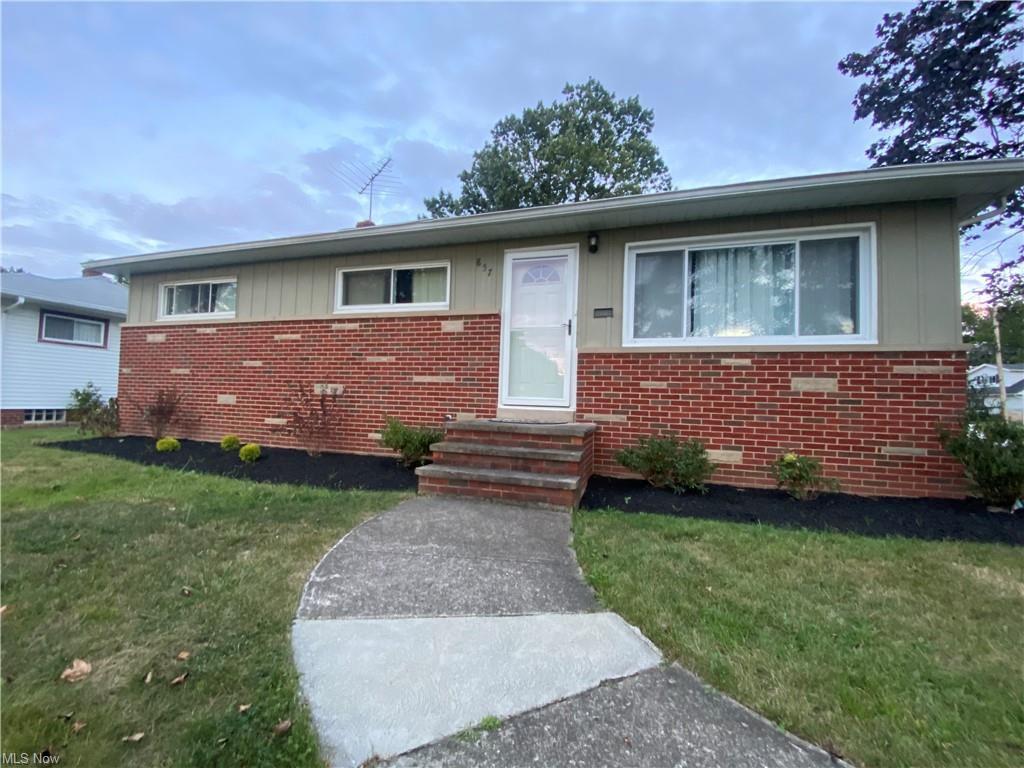 857 Bayridge Blvd, Willowick, OH 44095