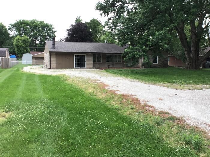 765 E Stop 11 Rd, Indianapolis, IN 46227