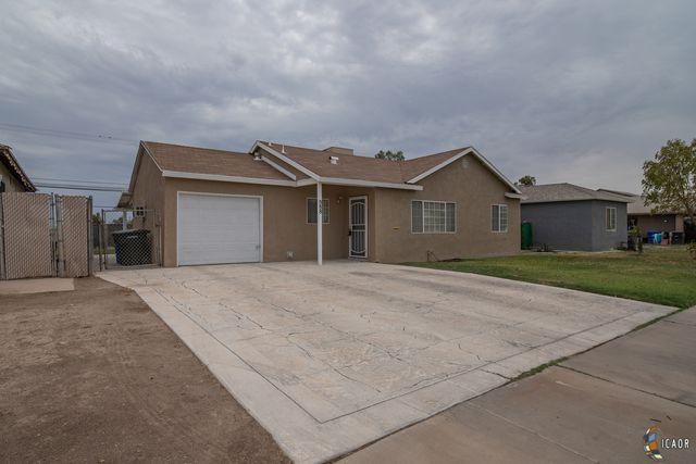 888 Oleander Ave, El Centro, CA 92243