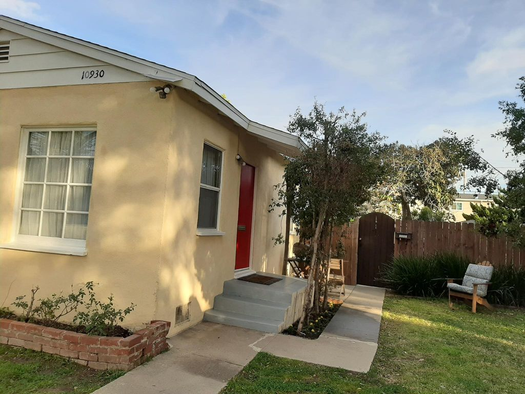 10930 Aletta Ave, Culver City, CA 90232