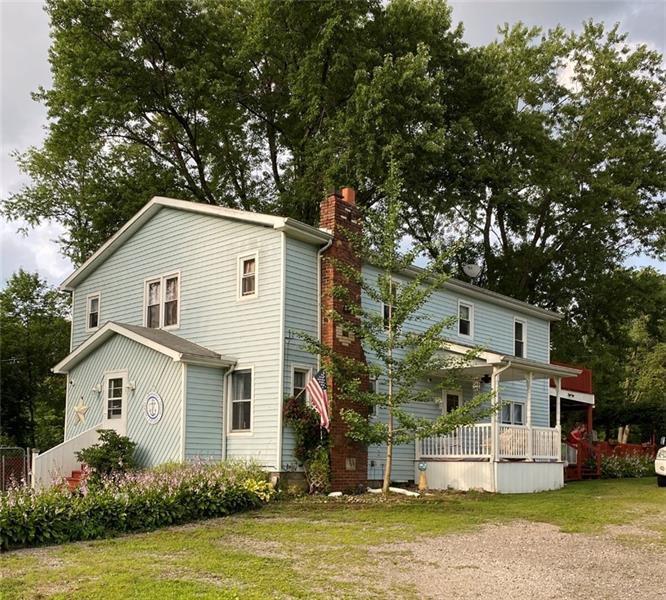41 Dermond Rd, Hermitage, PA 16148