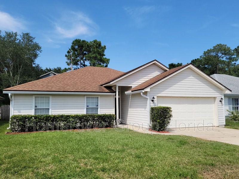12635 Ashglen Dr N, Jacksonville, FL 32224