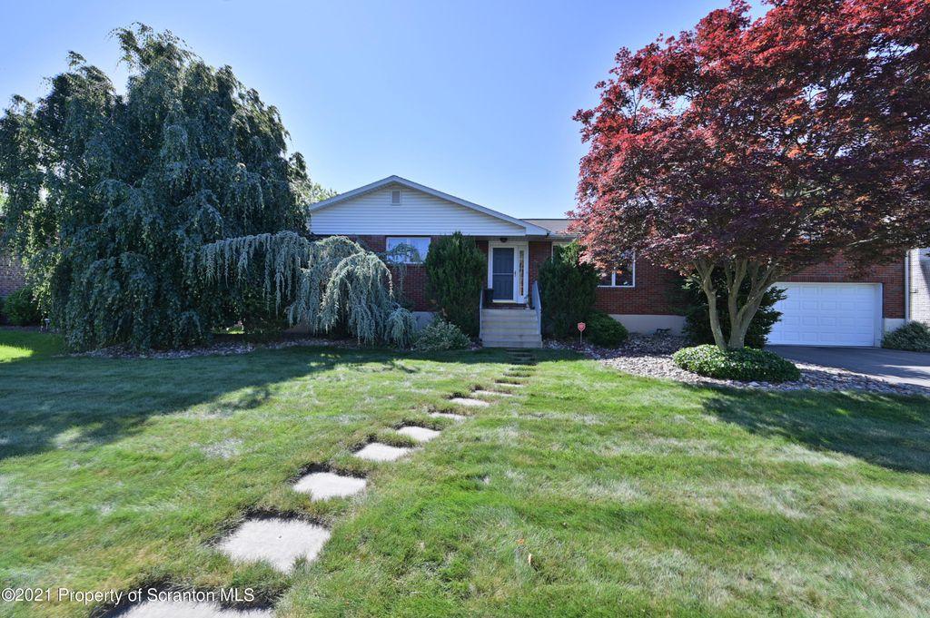 3241 Oak Ave, Scranton, PA 18505