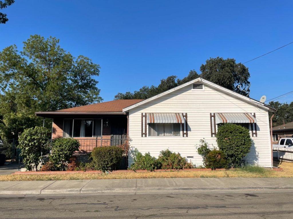 627 S Windsor Ave, Stockton, CA 95205