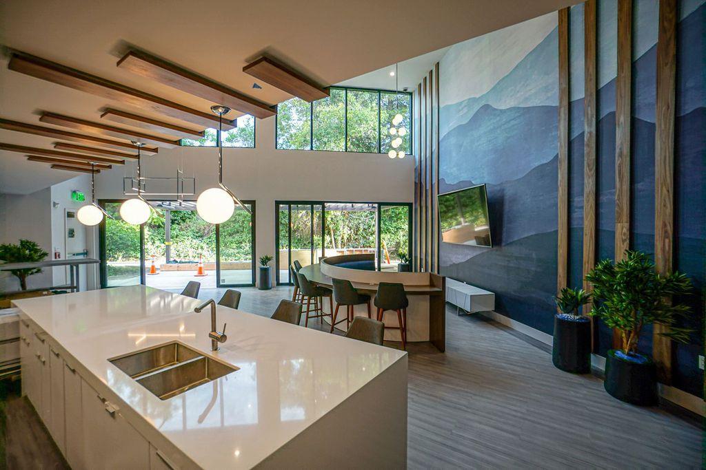 100 Boyd Rd, Pleasant Hill, CA 94523
