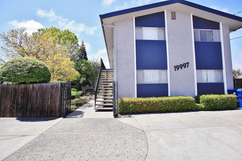 19997 Anita Ave #6, Castro Valley, CA 94546