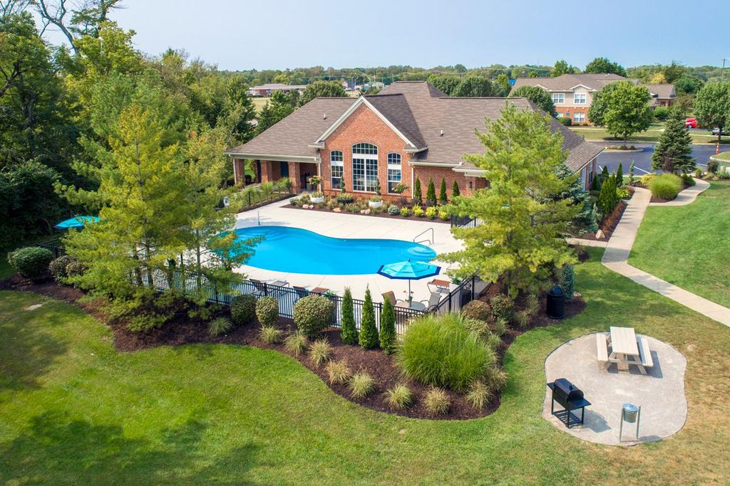 801 Cold Water Dr, Monroe, OH 45050