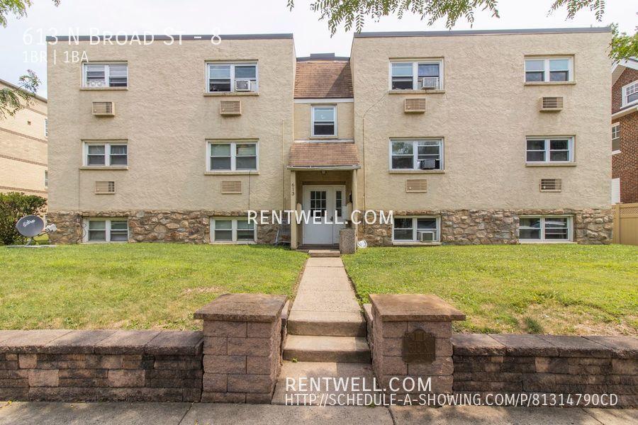 613 N Broad St #8, Lansdale, PA 19446