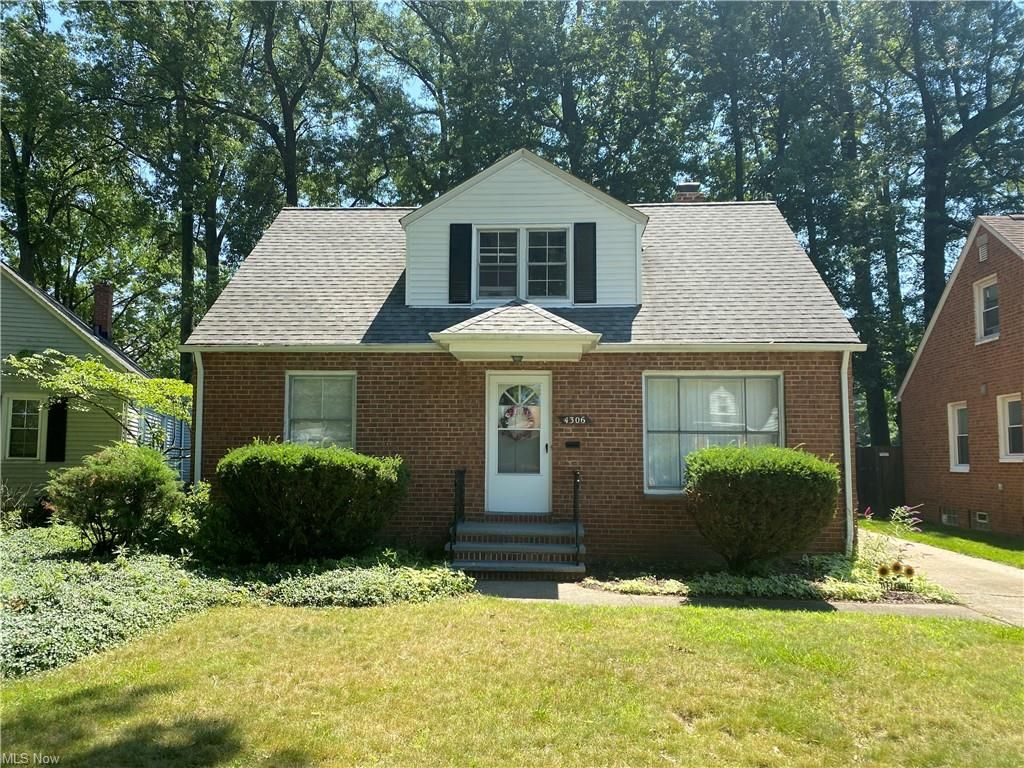 4306 W Anderson Rd, South Euclid, OH 44121