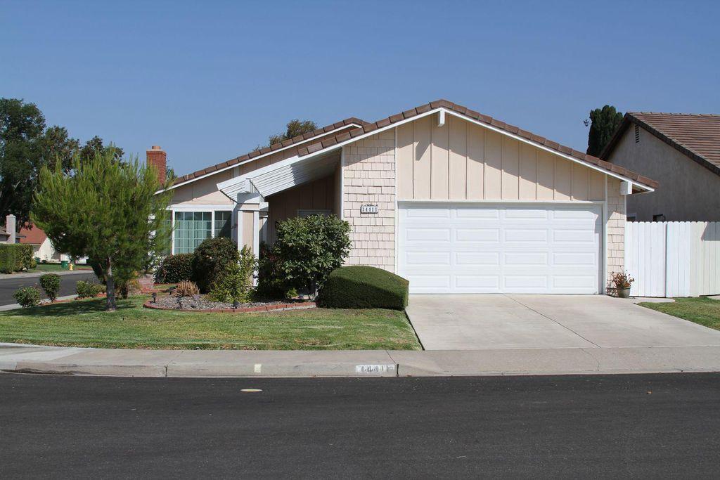 14411 Majorca Ave, Irvine, CA 92606