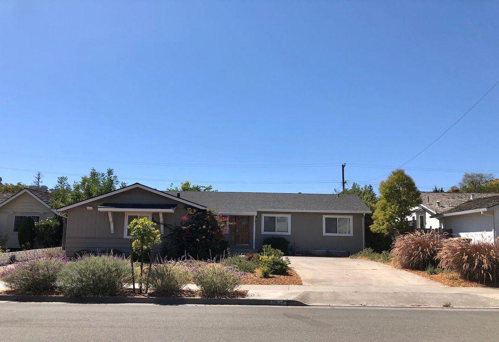 22420 Saint Andrews Ave, Cupertino, CA 95014