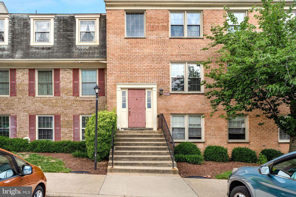 6038 Westchester Park Dr #101, College Park, MD 20740