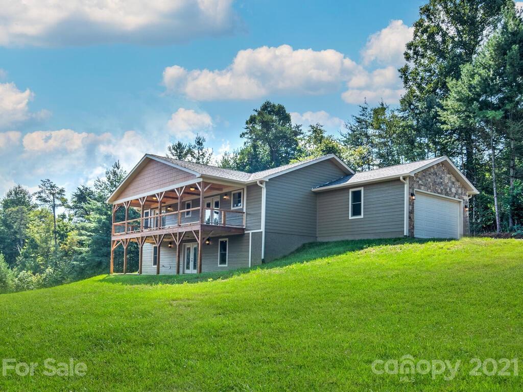28 Stocksville Rdg, Weaverville, NC 28787