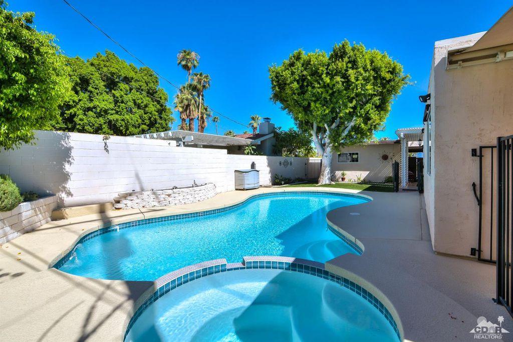 72555 Beavertail St, Palm Desert, CA 92260