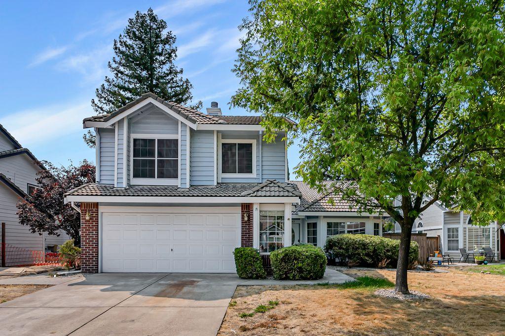 1542 Blue Ln, Roseville, CA 95747