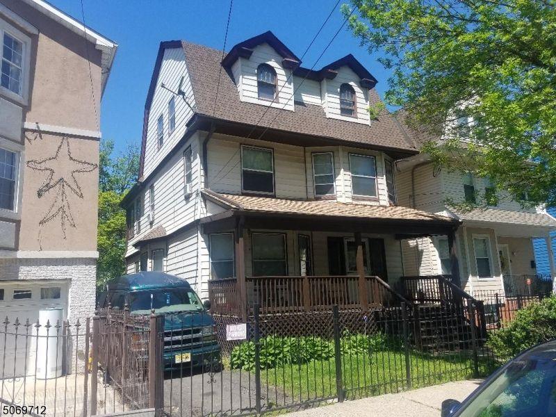184-186 N 9th St, Newark, NJ 07107