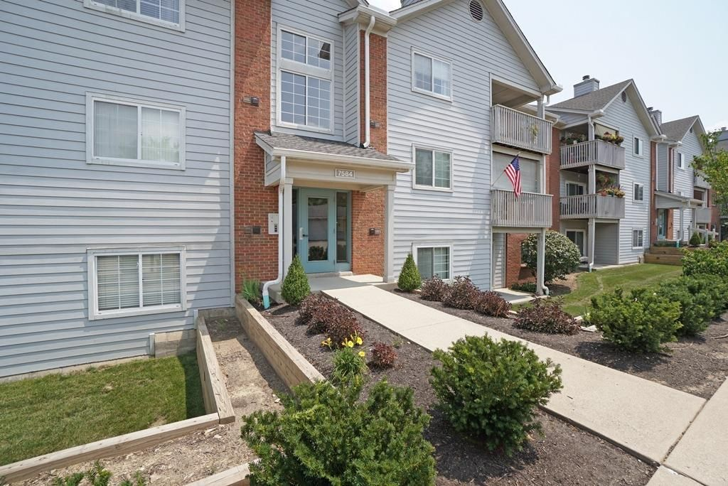 7584 Shawnee Ln #120, West Chester, OH 45069
