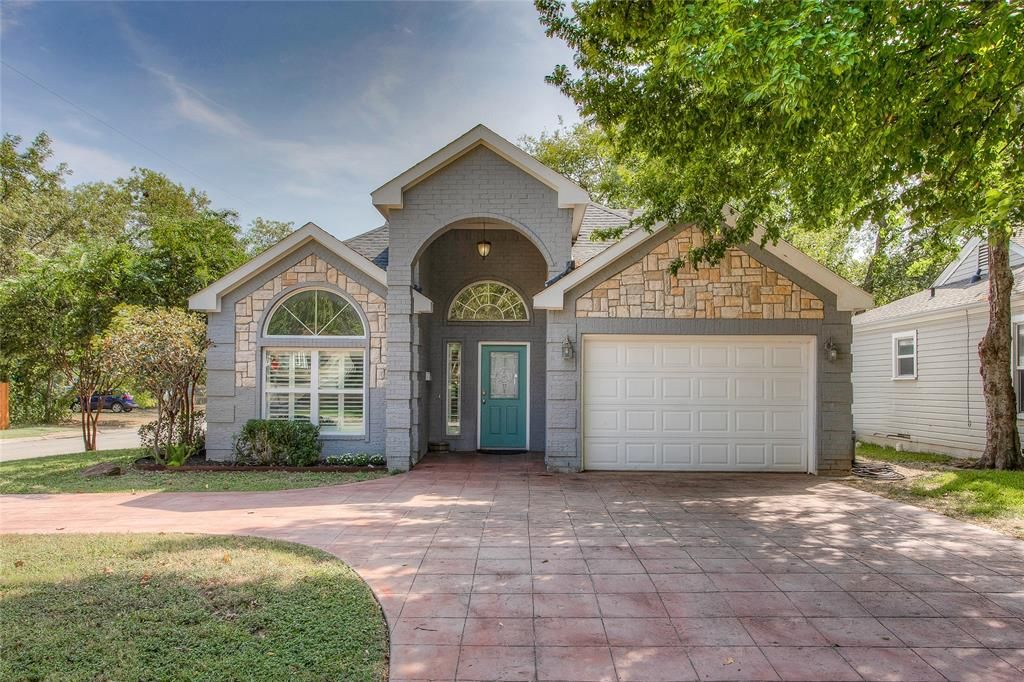 4001 Dexter Ave, Fort Worth, TX 76107