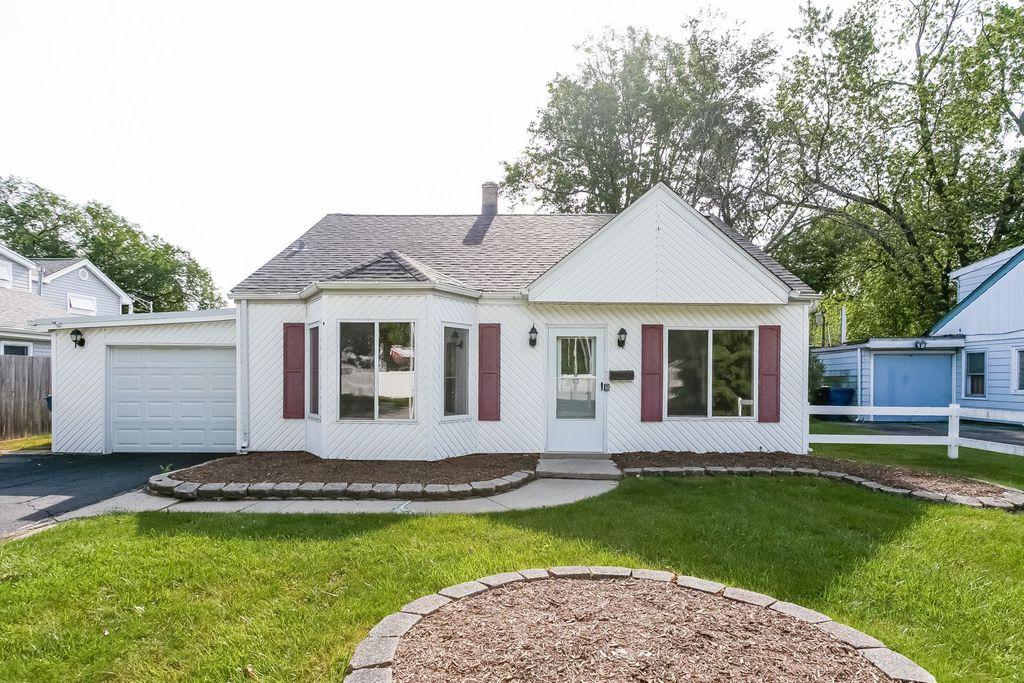 9121 Mayfield Ave, Oak Lawn, IL 60453