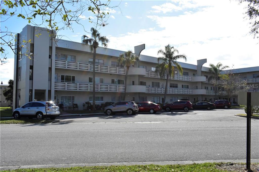 2379 Finlandia Ln #27, Clearwater, FL 33763