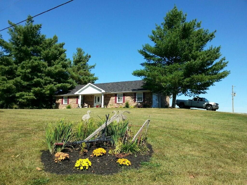 13396 State Highway 36 W, Berry, KY 41003