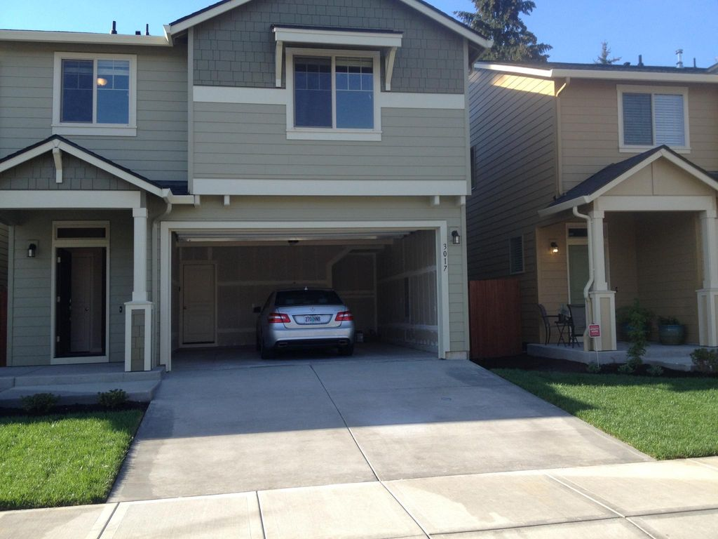 3017 NE 74th St, Vancouver, WA 98665