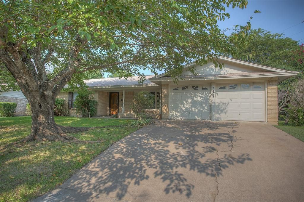 5508 Waits Ave, Fort Worth, TX 76133
