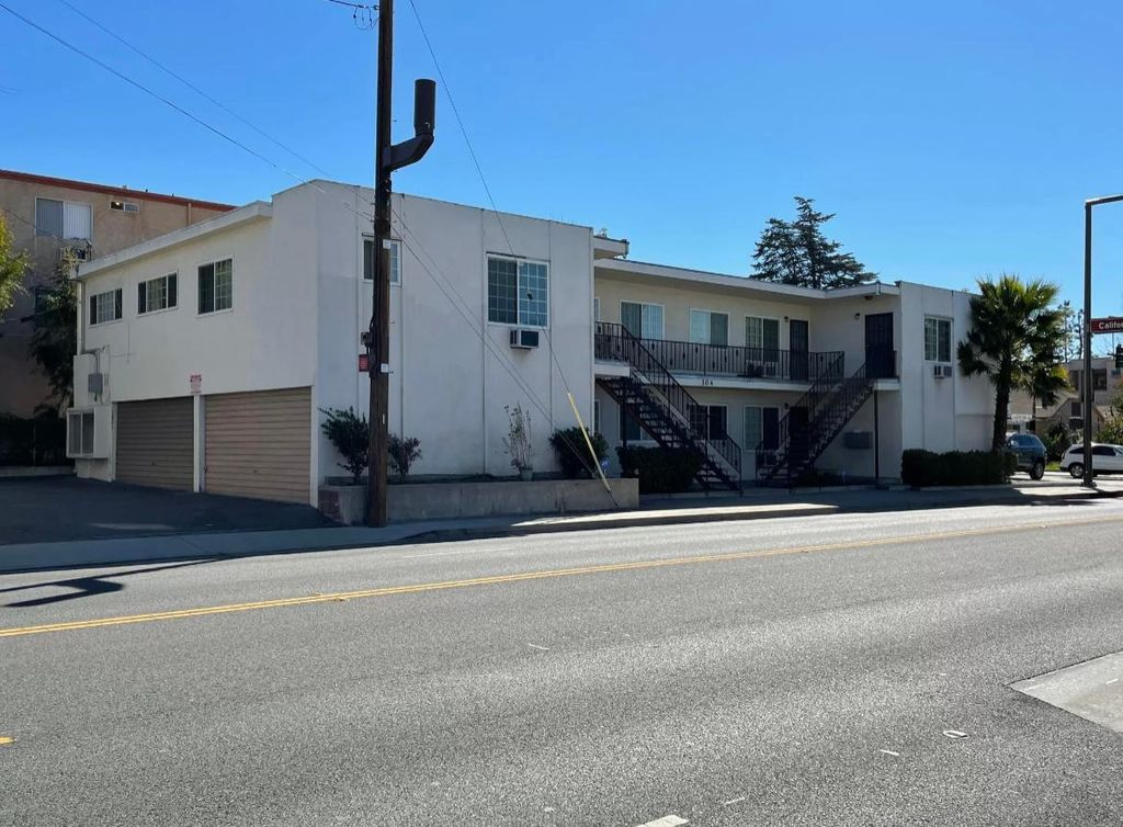 304 N Pacific Ave #1, Glendale, CA 91203