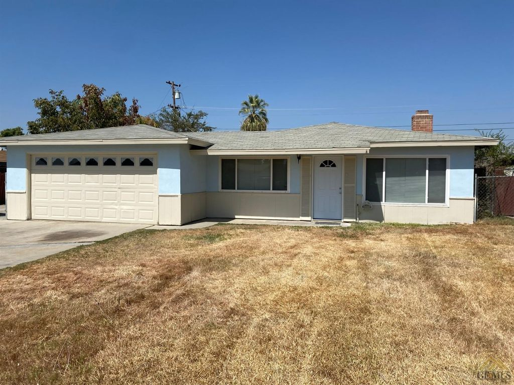 2908 Rex Ave, Bakersfield, CA 93304