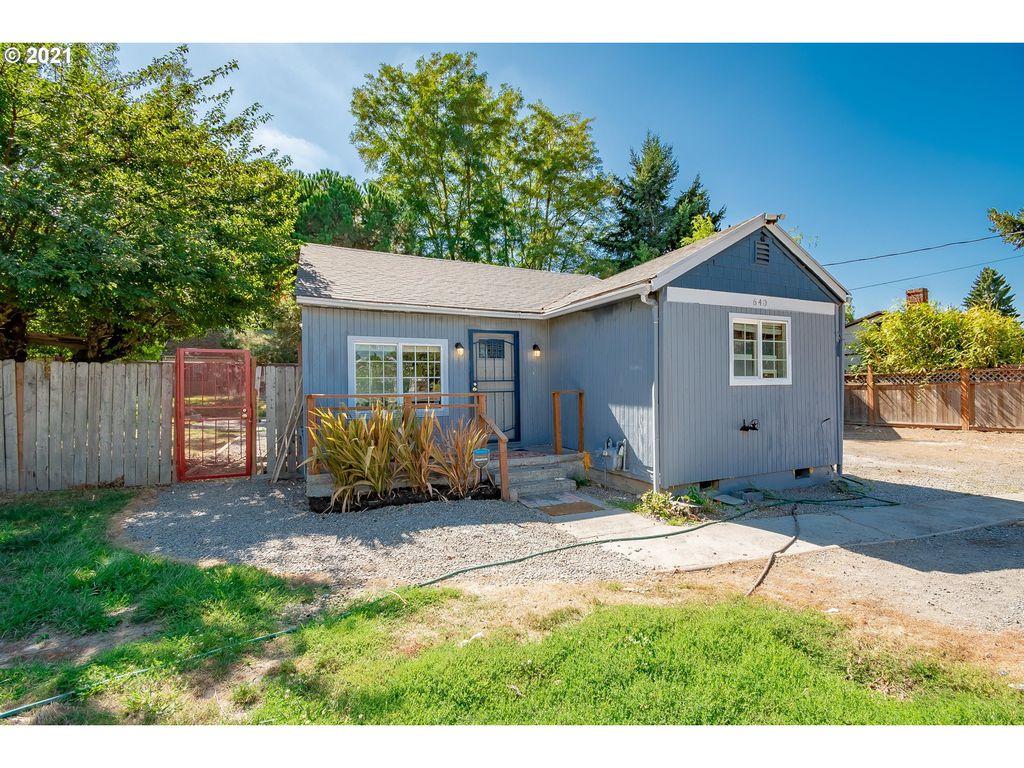640 NE Faloma Rd, Portland, OR 97211
