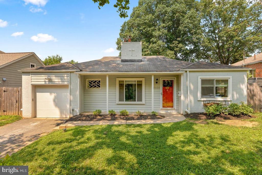 8608 Jones Mill Rd, Chevy Chase, MD 20815