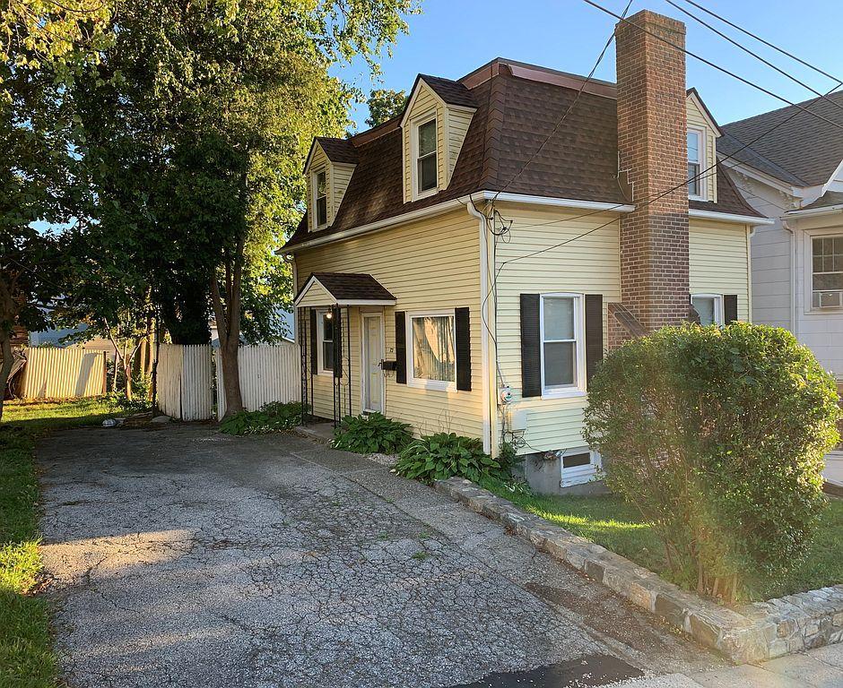 72 James St, Ossining, NY 10562