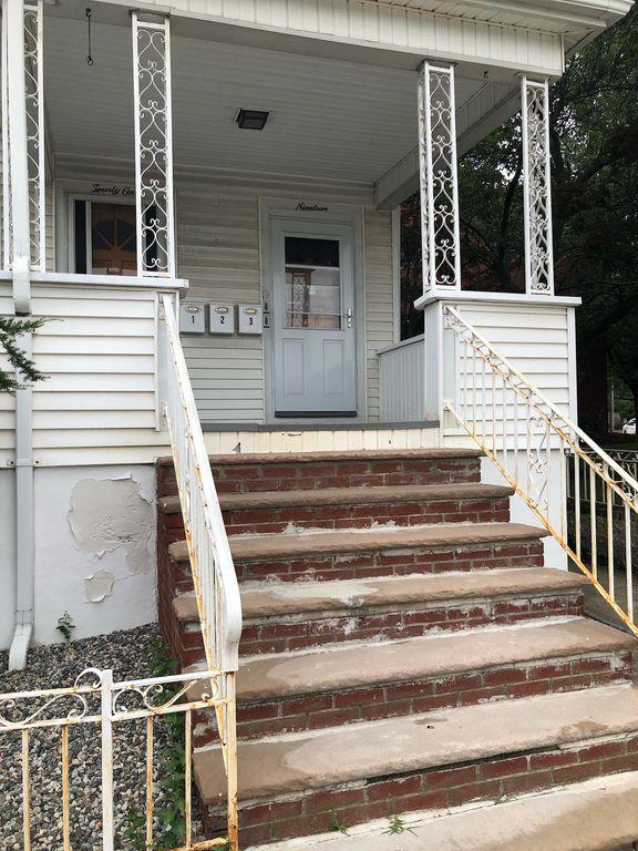 19 Pearl St #2, Malden, MA 02148